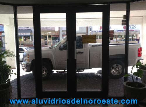 Eurovent Puertas de Aluminio 3 - Aluvidrios