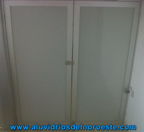 Puertas de Aluminio 1 - Aluvidrios