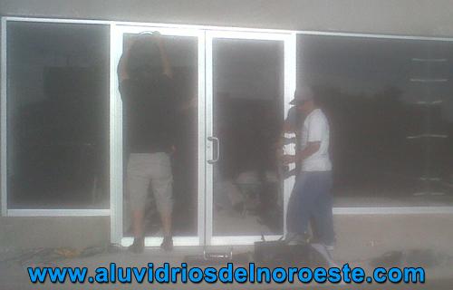 Puertas de Aluminio 3 - Aluvidrios