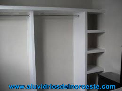 Interior de Closet en Tablaroca - Aluvidrios